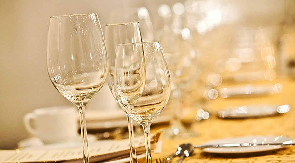 noleggio-attrezzature-banqueting